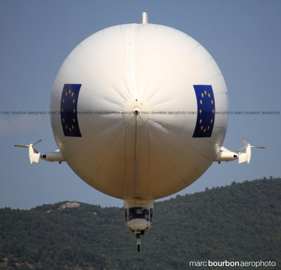 marcbourbonaerophoto IMG_6023 zeppelin M
